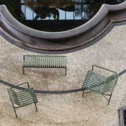 Chaise Hay PALISSADE avec accoudoirs
