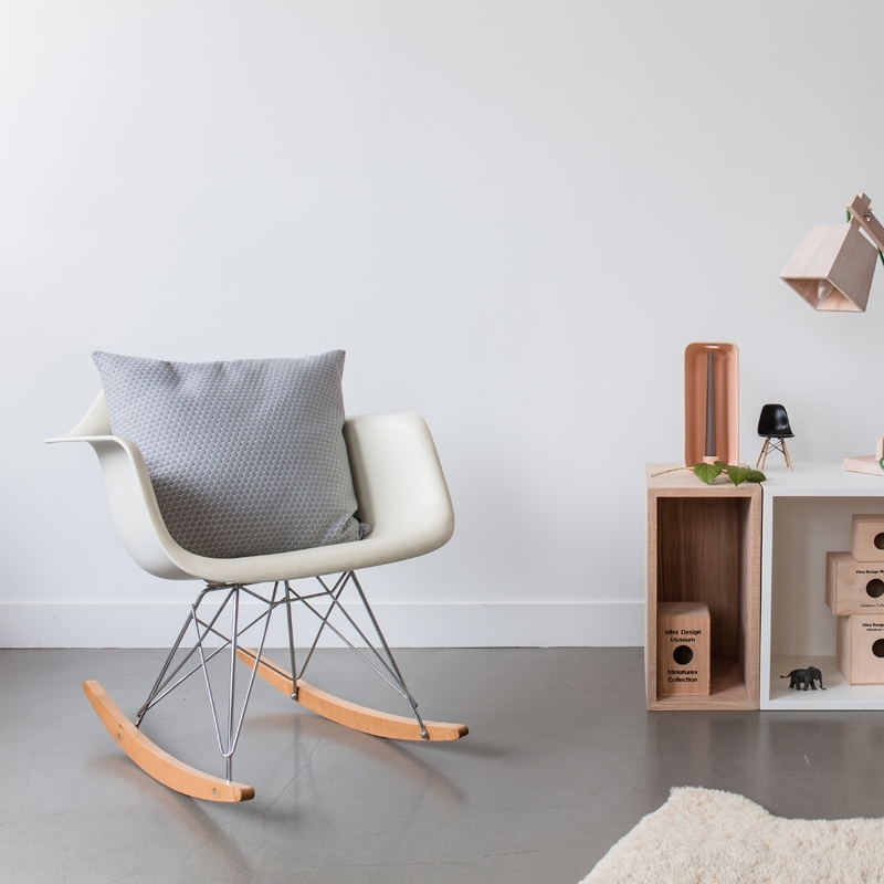 EAMES PLASTIC CHAIR RAR