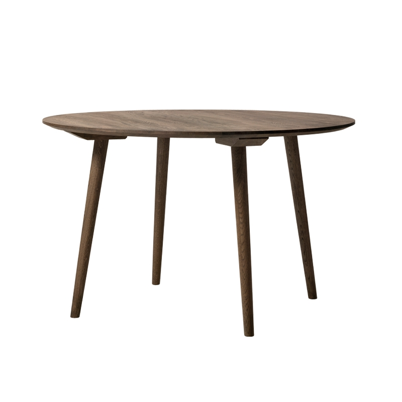 Table And tradition IN BETWEEN SK4