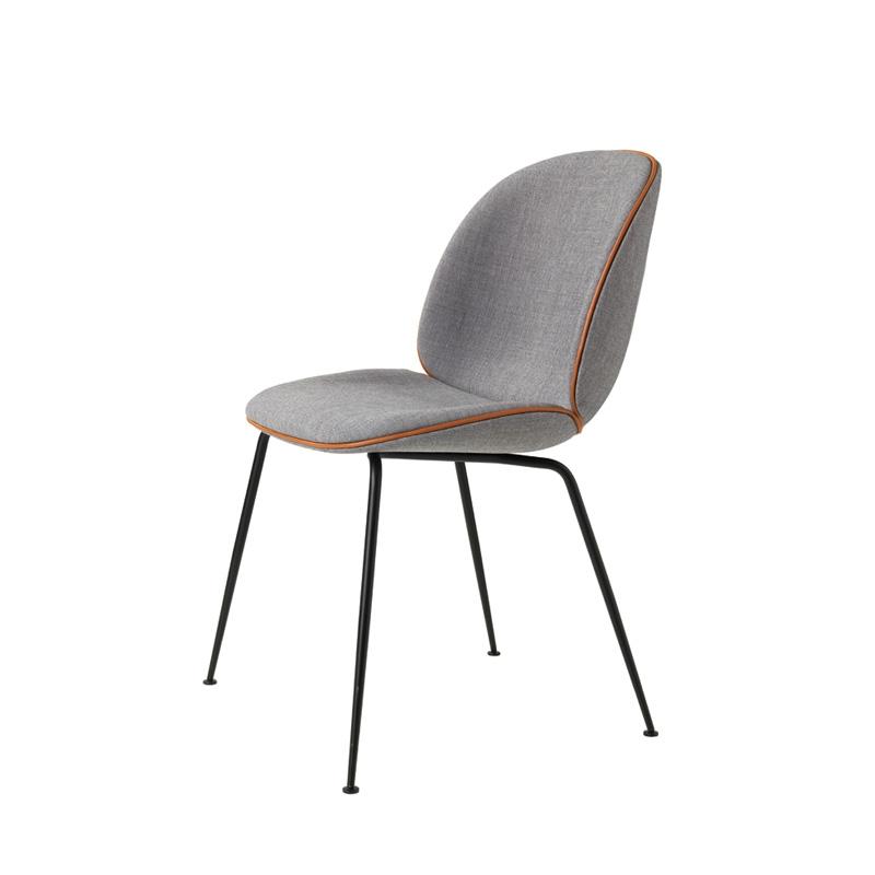 beetle chaise gubi silvera. Black Bedroom Furniture Sets. Home Design Ideas