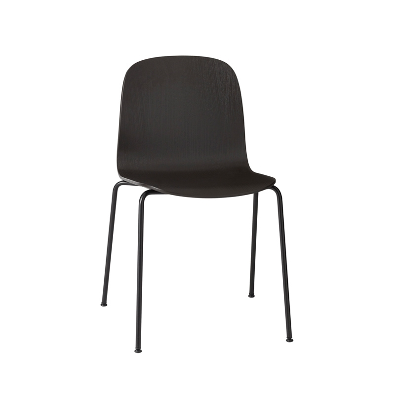 Visu 4 pieds acier chaise muuto silvera for Chaise 4 pieds design
