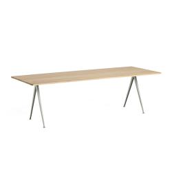 Table PYRAMID 02 HAY