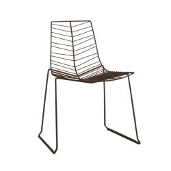 Chaise et petit fauteuil extérieur LEAF ARPER