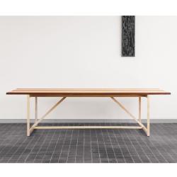 Bureau Bassamfellows STRIPE TABLE