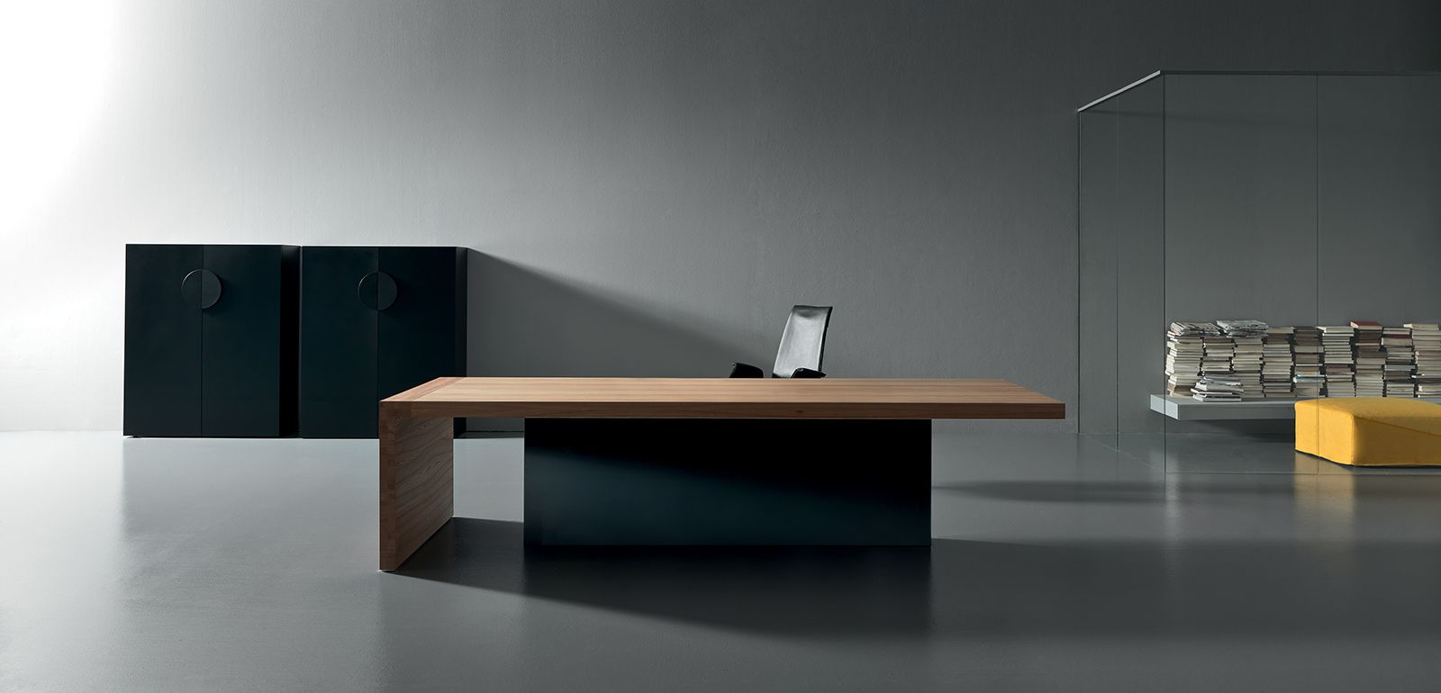 Mobilier de bureau design pour professionnel am nagement for Bureau design