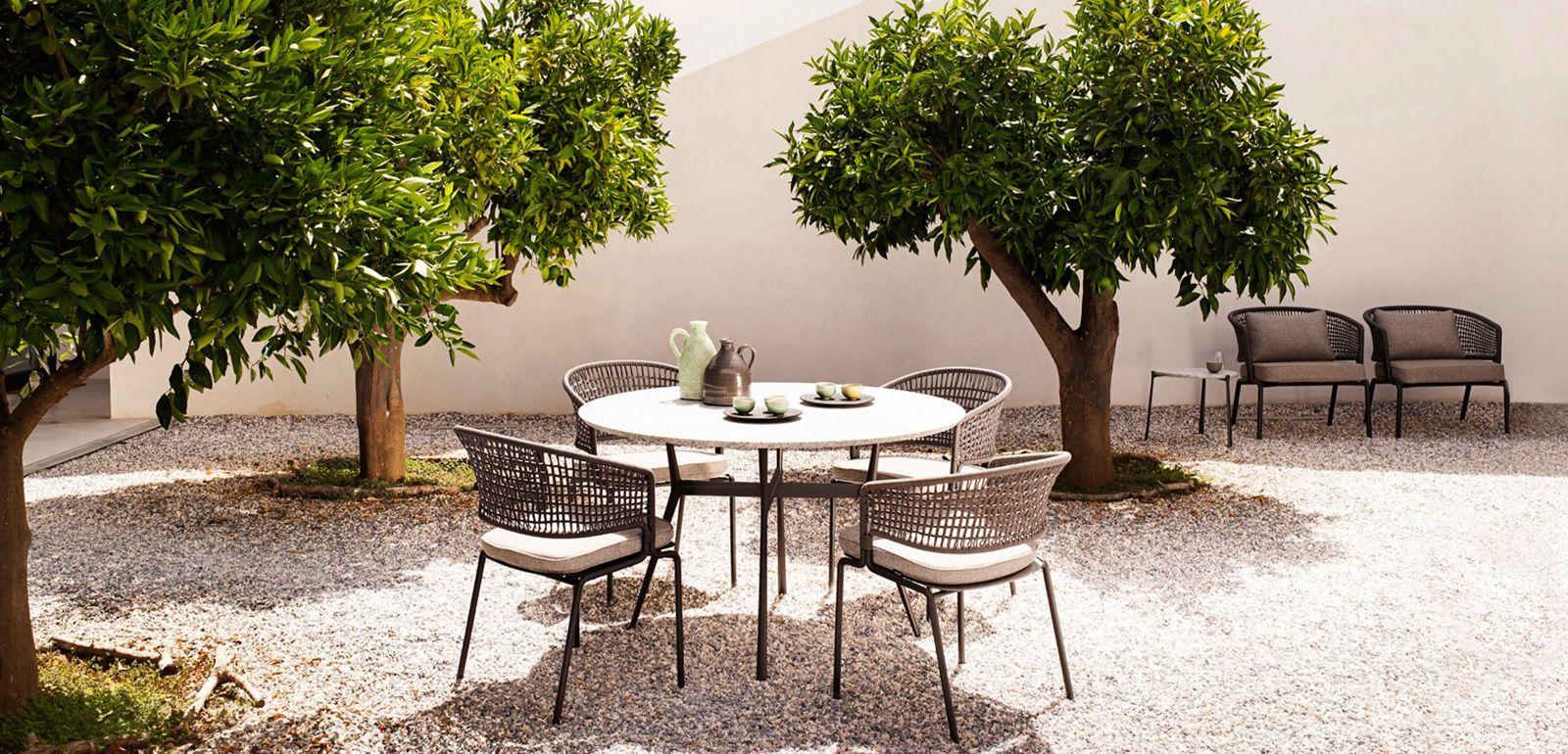 Table et chaise de jardin design ensemble table chaise de jardin pas ...