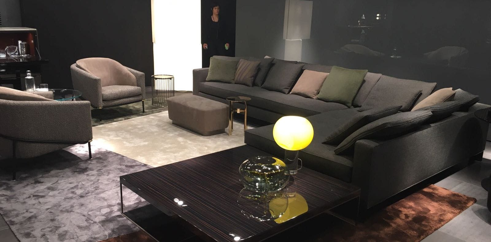 collection minotti anthologie au salon de milan silvera. Black Bedroom Furniture Sets. Home Design Ideas