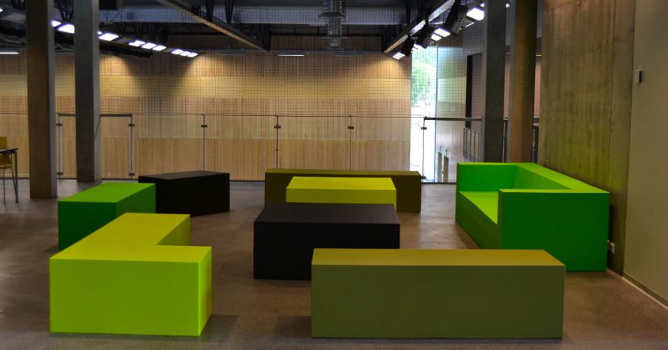 Quinze&Milan : mobilier design, Paris, France - Silvera